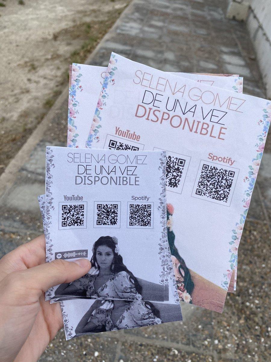 Replying to @selenaeuphoria: Promo day 🌺❤️ #DeUnaVez @SelenaFanClub