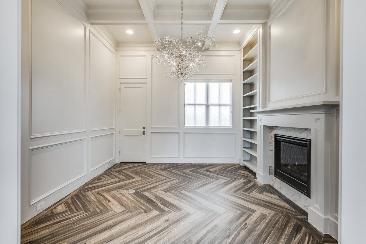 When it's done right, the design of a room can transport your mind to a different time and place.  #designdca #designmatters #residentialdesign #residentialarchitecture #houzz #awardwinning #davidcox #customhome #houstontx #luxuryhomedesigns #luxuryhomeplans #customhomedesigns