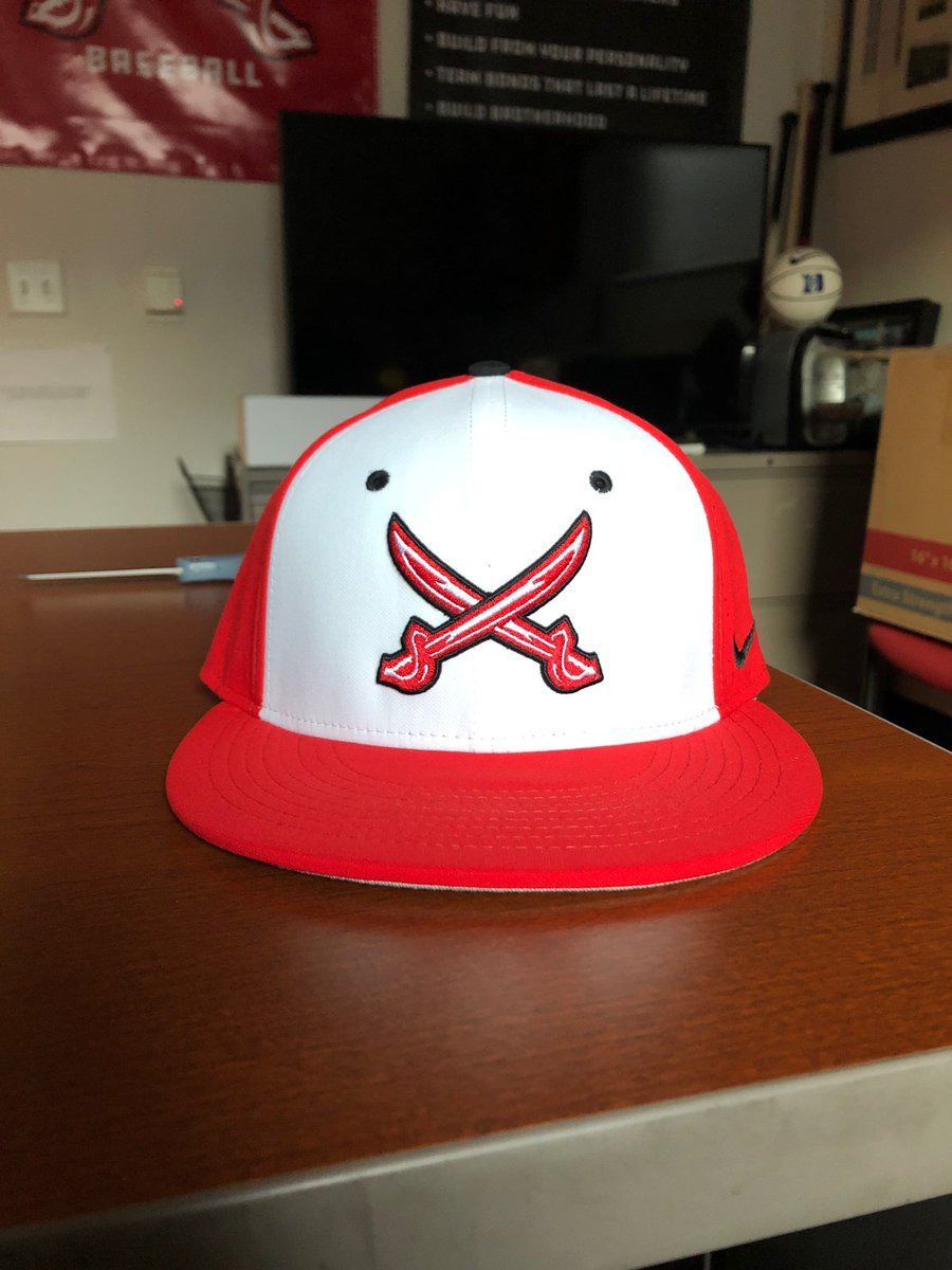 ❗️National Hat Day GIVEAWAY❗️  In honor of #NationalHatDay we're giving away an on-field Nike hat! To win you must be   1) Following us @MSOE_Baseball  2) Retweet this tweet  One winner will be chosen, at random, tomorrow morning! #TheRaiderWay