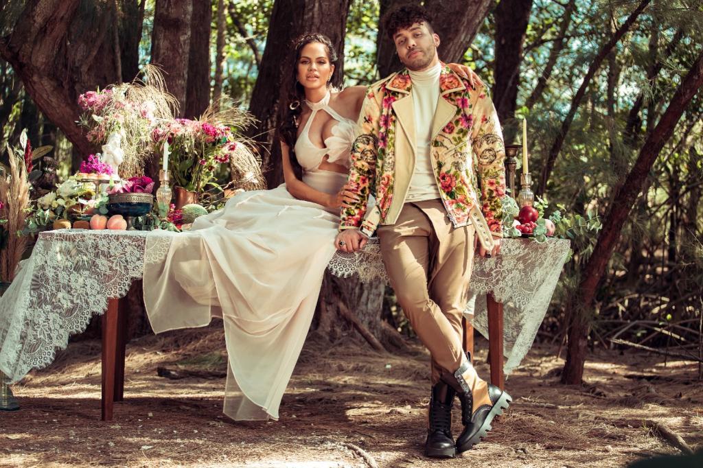 """.@NattiNatasha and @PrinceRoyce team up for new track, """"Antes Que Salga El Sol"""" 🔆 Spin it now on Del Corazon:"""