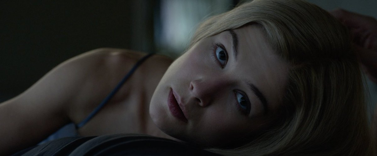 GONE GIRL (2014)  Cinematography by Jeff Cronenweth Directed by David Fincher Explore a list of this cinematographer's other perfect shots: