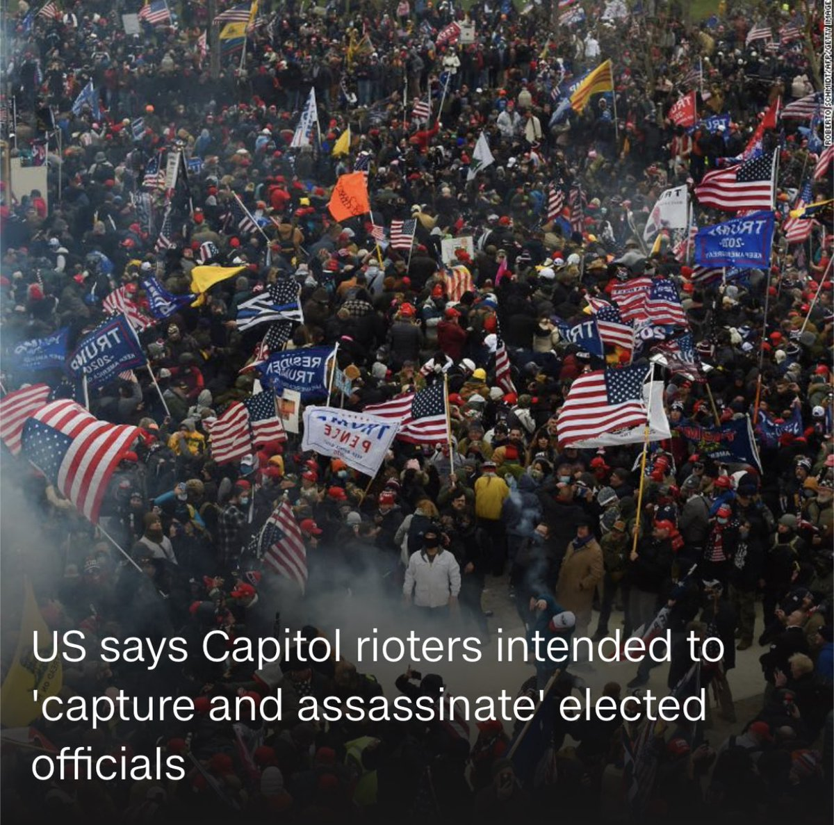 I never want to hear or see comparisons to BLM and LGBTQ+ protestors after this. Ever again. #DCTerrorists #CapitolRiot #insurrection