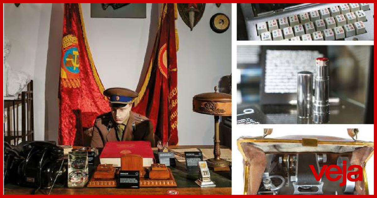 KGB: Acervo de artefatos secretos da Guerra Fria vai a leilão.