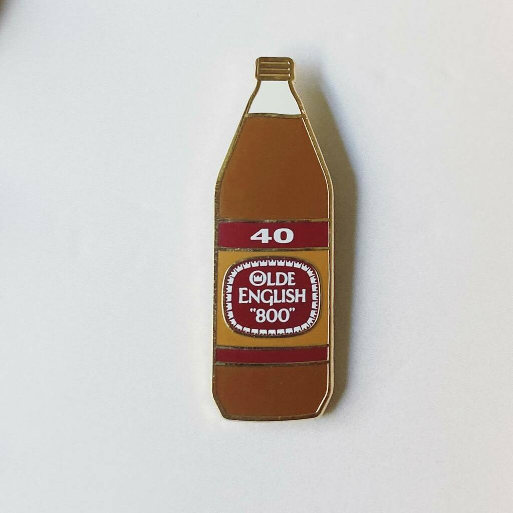TGIF YALL! Tell me a story involving a 40oz.  . . . . #maltliquor #oldenglish #oe #40oz ##brassmonkey #drinkoftheday #beer #beerpin #brewery #iconic #funny #funnypin #pinspinspins #pinaddiction #pinstagram #enamelpins #enamelpinsforsale #pinlover #pinlife