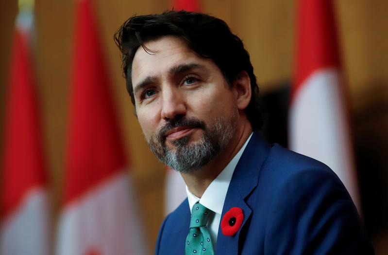 Canada PM Trudeau tells finance minister to avoid additional permanent spending