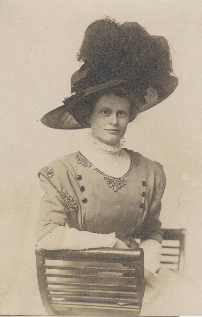 #NationalHatDay, you say? Helen Peterson was rocking this feathered hat circa 1908!