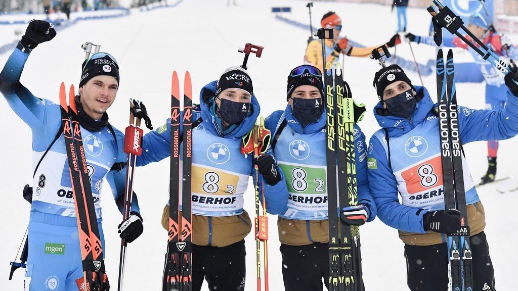 𝗡𝗘𝗪𝗦 / 𝗕𝗜𝗔𝗧𝗛𝗟𝗢𝗡 (𝗖𝗠) • Le quatuor de choc Jacquelin / Claude / Fillon-Maillet / Desthieux remporte le relais à Oberhof ! Une belle victoire tricolore à ajouter à leur palmarès ! 🥇🥳  #biathlon #biathlonfamily #Oberhof #IBU #MOODOOWSports   📸 Tobias Schwarz / AFP https://t.co/OWIYEnYP7c