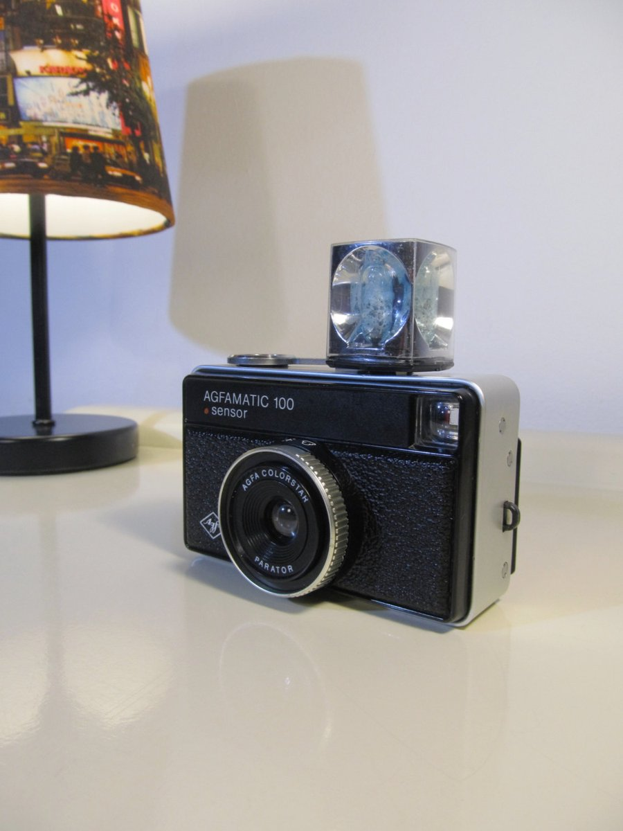 Vintage Camera, Afgamatic 100, Agfa Sensor Camera, One Flash Magicube, Original Case, Photography Lovers, Retro Camera, 70s  #BlackFriday #covid-19 #Wedding #CYBERSALE #Christmas #Retro #MyNewTag #Vintage #FREESHIPPING #VintageCamera