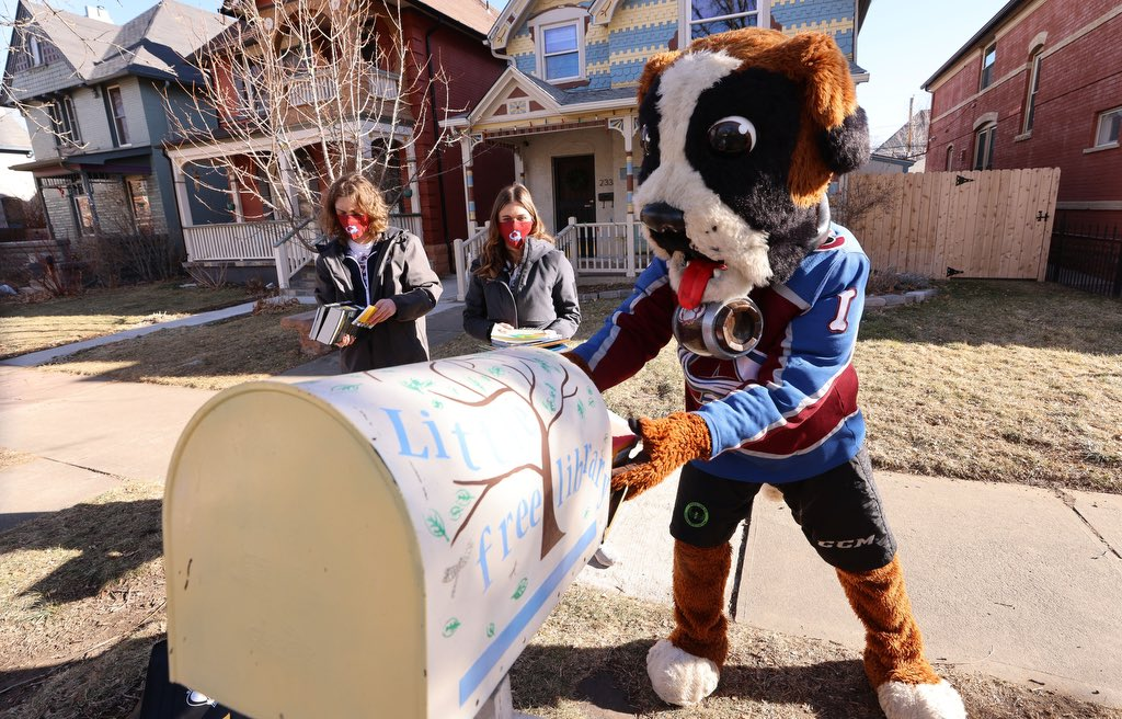 Bernie and our Ice Patrol dropped off some books on social justice and Martin Luther King Jr. today at some Free Little Libraries in Denver in honor of MLK Day this weekend.   Special thanks to @BallCorpHQ for their contribution!  #Ball4All #GoAvsGo