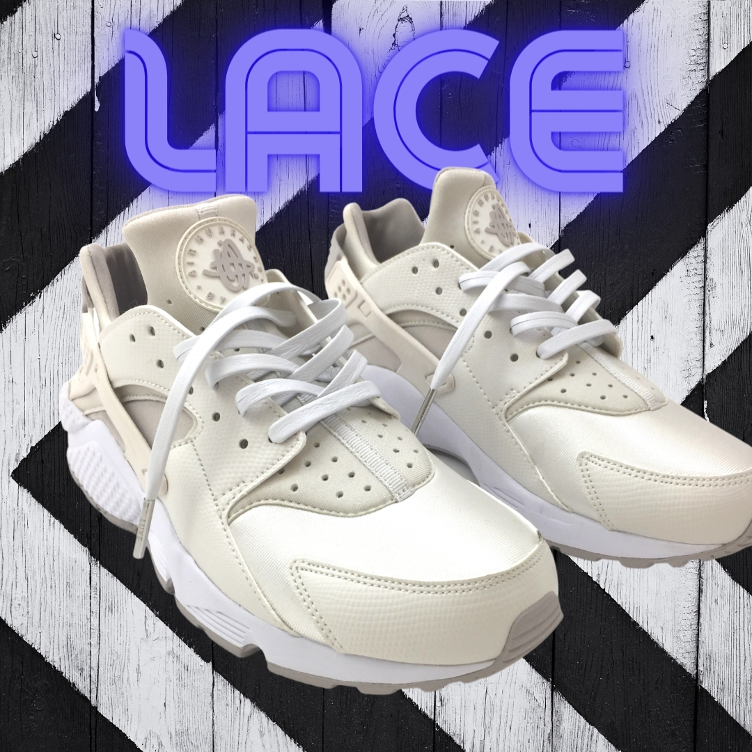 """""""Ice White"""" laces for the win! ⠀ ⠀ Grab your laces now at ⠀  #2021 #newtyle #leatherfashion #shoefashion #shoes #sneakerfashion #leathershoelaces #shoelaces #fashion2021 #nyfashion #yeezy #jordan⠀"""