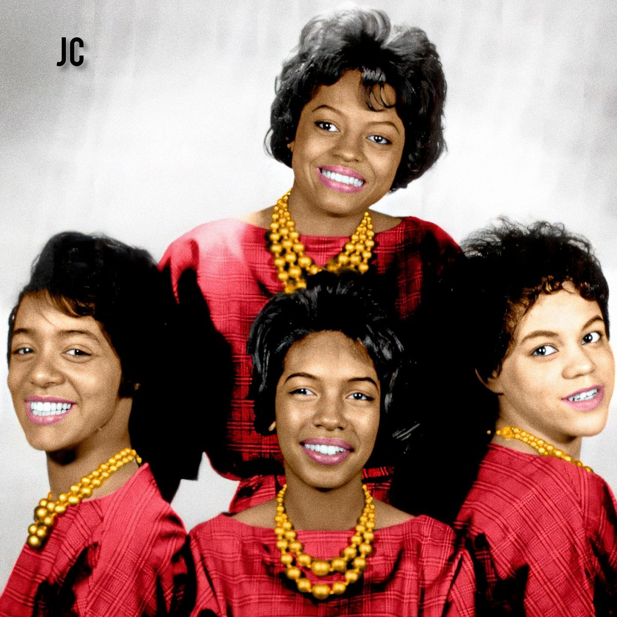 """#OTD The Primettes signed with Motown Records becoming """"The Supremes"""", the biggest female vocal group in history.  Altogether, 9 singers joined the group, and became Supreme: Diana, Barbara, Florence, Mary, Cindy, Jean, Lynda, Scherrie and Susaye. Happy birthday The Supremes!"""