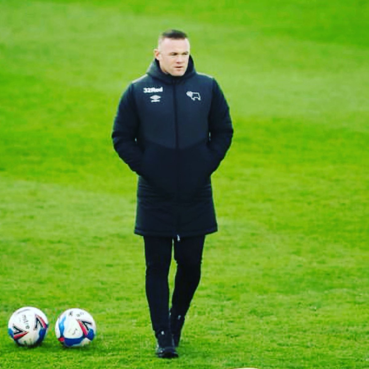 2/2.......Thank you for letting me be part of it from start to finish.19 years later & 4 kids who have been lucky to witness you playing. We love you!!  Good luck in the next chapter of your career as manger, sure you'll be great, but remember, all you can do is try your best. 💪🏼