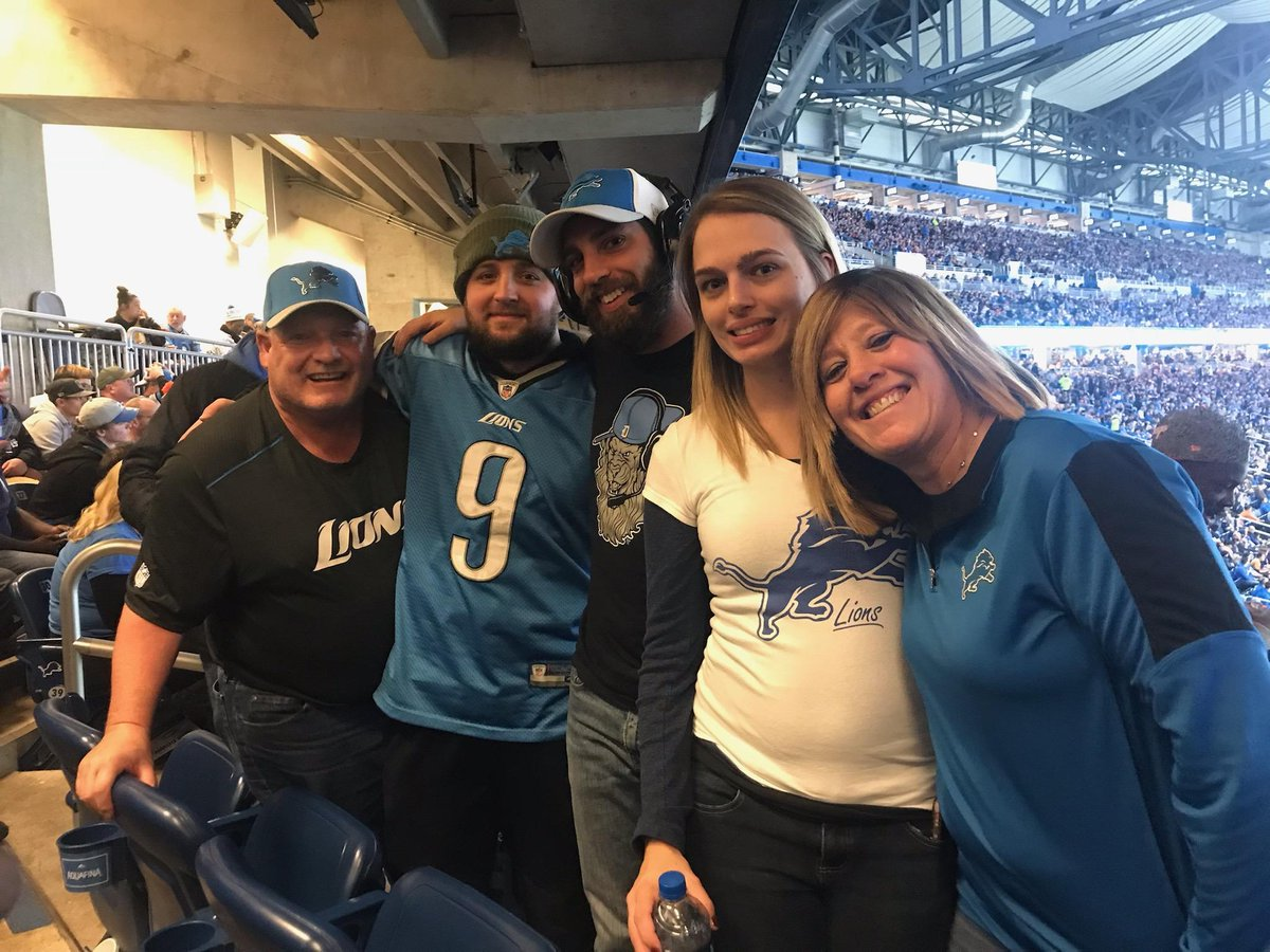 My dad was the biggest @Lions fan I know. All he wanted to do was go to a superbowl and watch the Lions play. I know he will always be there with me especially for the super bowl run. Rest in paradise dad. Til we meet again. #OnePride