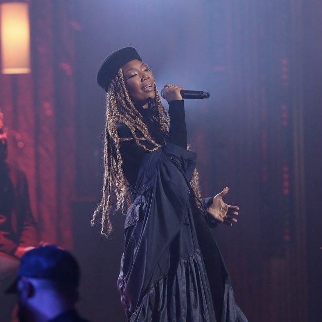 Check out the audio version of Brandy's performance at the #SoulTrainAwards made by @ChunxSwae ✨  —