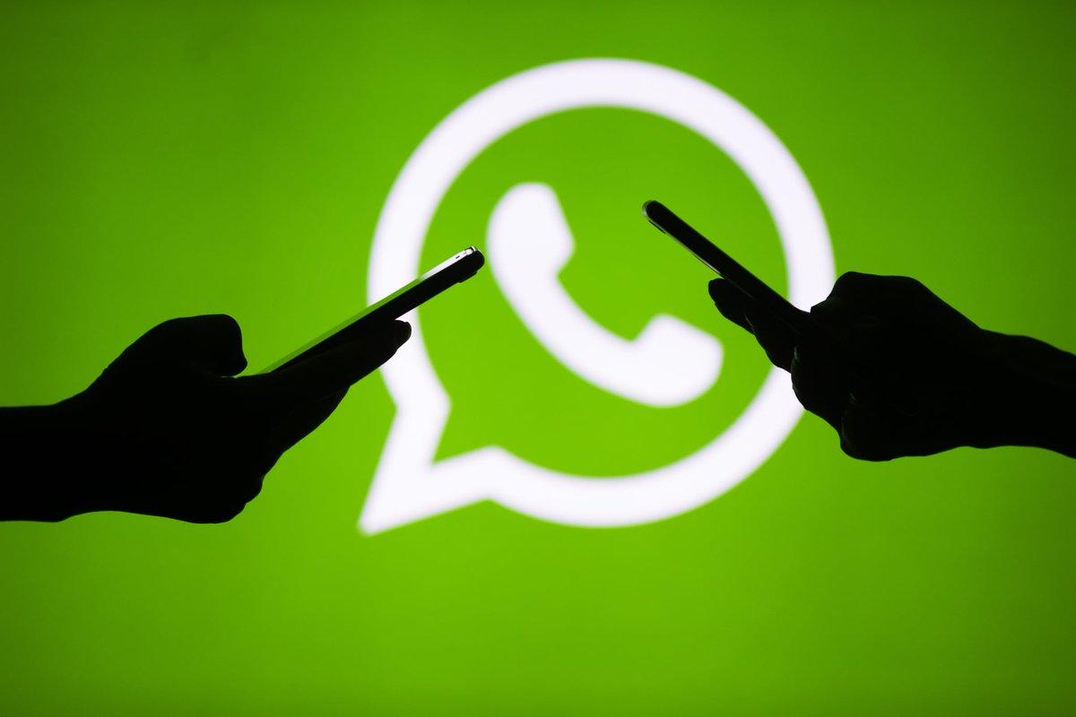 """#WhatsApp, dopo le polemiche e le discussioni dei giorni scorsi, comunica, con un articolo sul blog ufficiale, di rinviare l'aggiornamento, previsto per l'8 febbraio, al 15 maggio 2021. """"Troppa disinformazione"""".    #socialmedia #tech"""