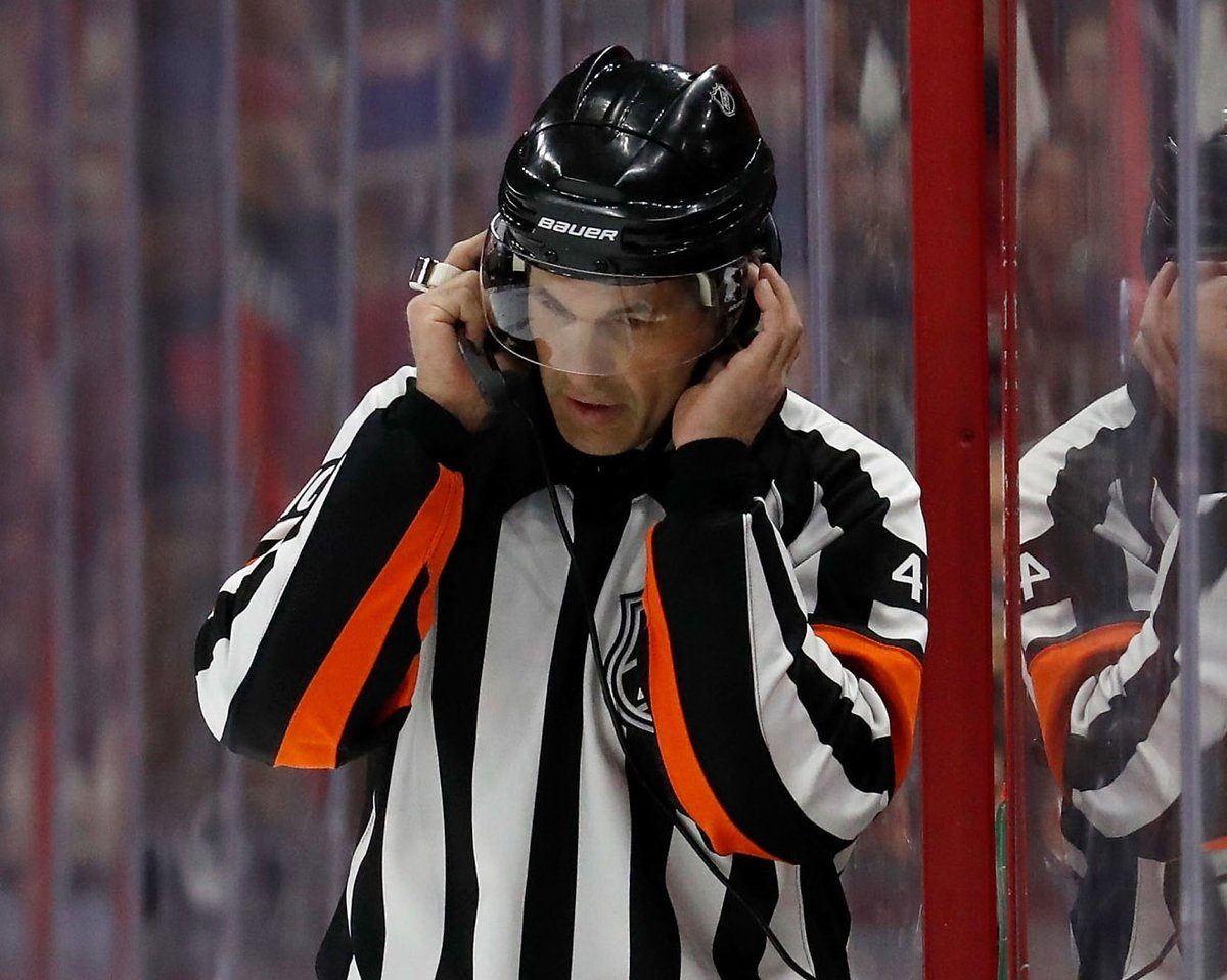 Flyers are 7-0 (including 1-0 this season) under referee Wes McCauley, who's working #PITvsPHI tonight:      #LetsGoPens #AnytimeAnywhere