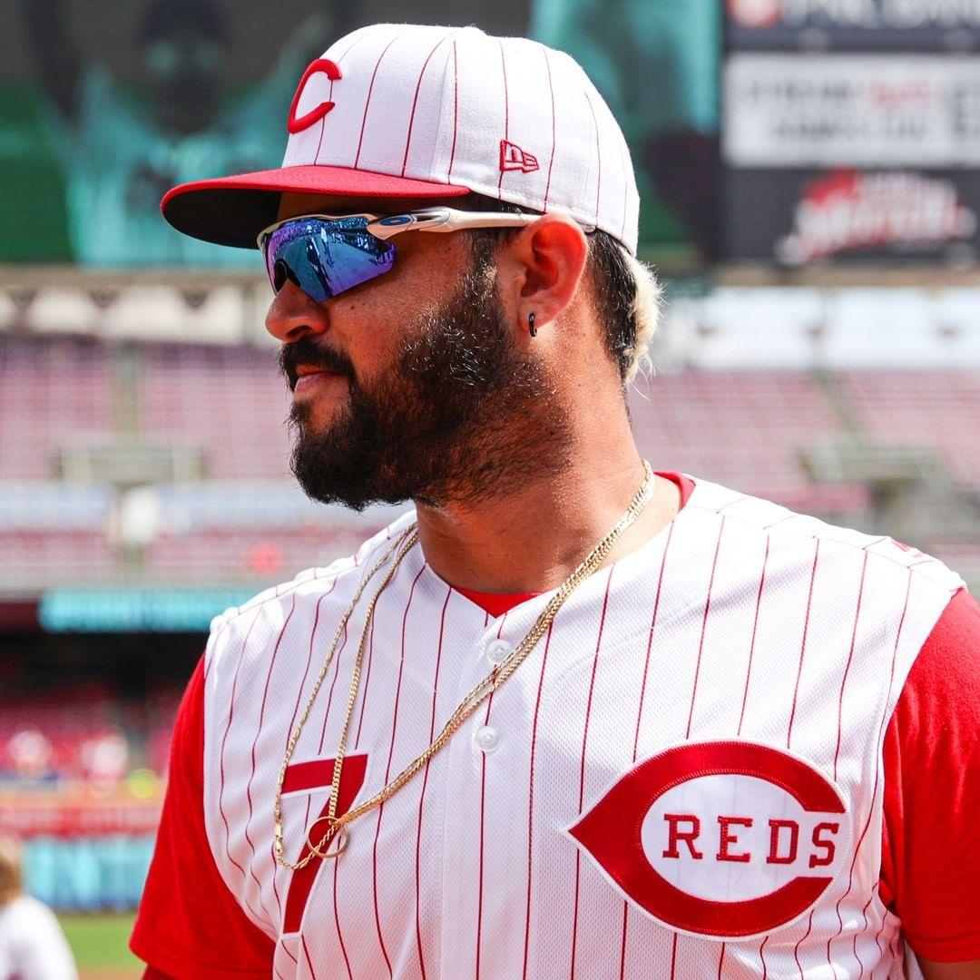 #Cincinnati #Reds: This edition of ##NationalHatDay is brought to you by Eugenio Suárez. ...       #Baseball #CincinnatiReds #MajorLeagueBaseball #MLB #MLBNationalLeague #MLBNationalLeagueCentral #Ohio