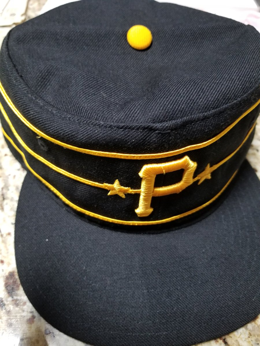 To recognize #NationalHatDay, decided to rock one of my favs, the 1977 pill box #Pirates chapeau. #FridayFeeling #BaseBall