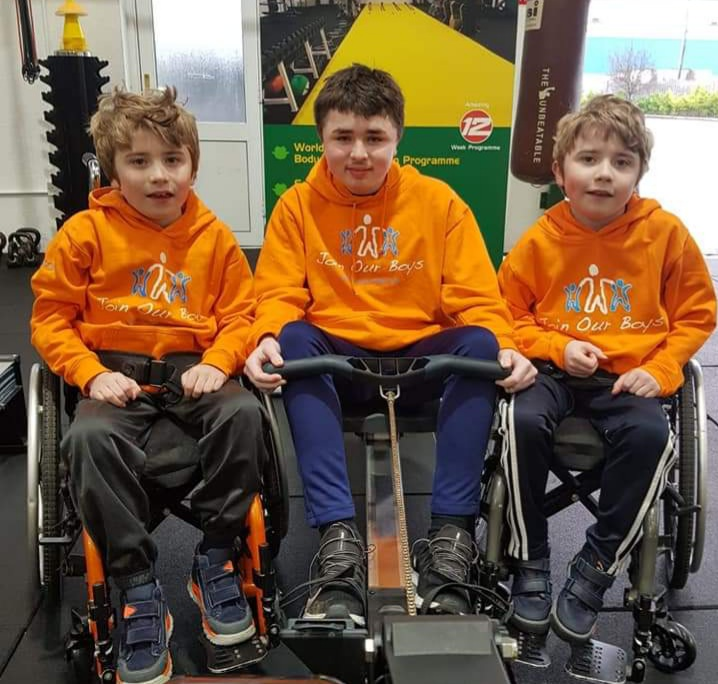This is a muscle wasting disease and they are living with it every day of their young lives. They are such courageous lads. Tickets just €5, go to 404020.ie to enter @RoscommonGAA @RoscommonLGFA @clubrossie @RoscommonGaels