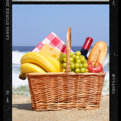 #dateideas How about a picnic on the beach? Imagine a sunlit afternoon, with sea waves crashing on the shores nearby,  As you share a sweet romantic lunch with our significant other!  You may as well end the date watching the sunset together! . #foodiesofinstagram #healthyfood https://t.co/ORCGqT0ntm