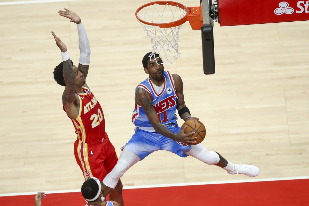 Brooklyn Nets vence o Atlanta Hawks fora de casa por 132x128, na prorrogação, com grande partida do Big 3 nova iorquino. O destaque da partida pelos Nets vai para James Harden, que anotou 31 pontos e deu 15 assistências. https://t.co/2H8NmDa4EF
