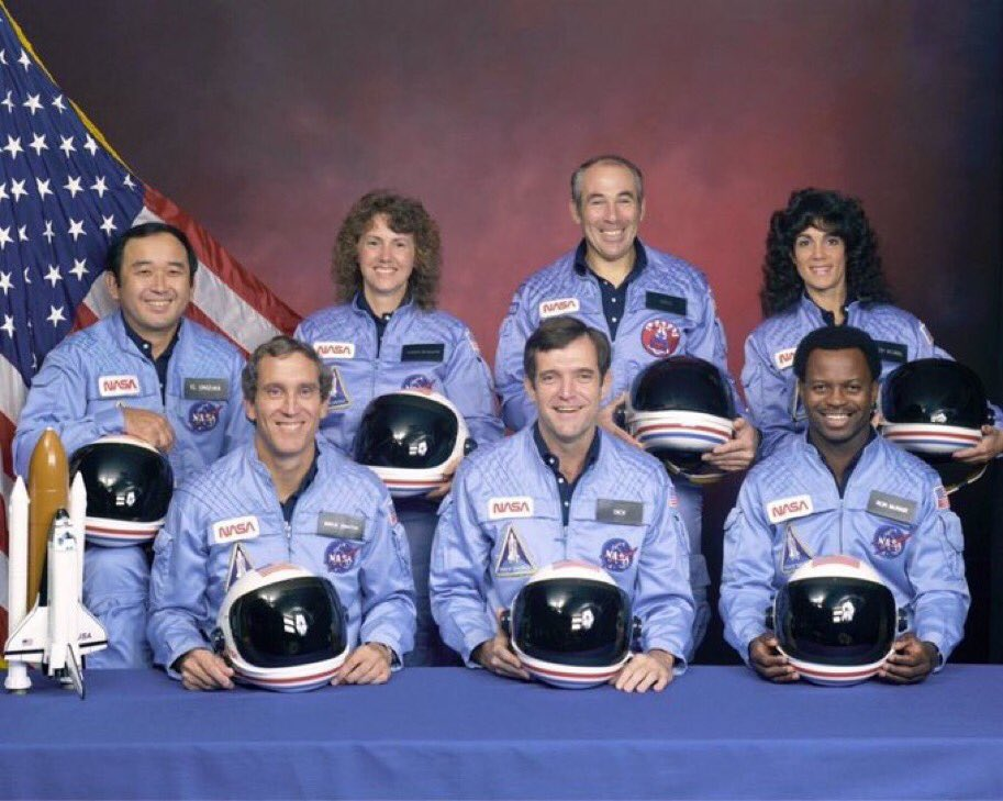 Today we pause to remember the crew of #SpaceShuttleChallenger.  January 28, 1986   😔  #Challenger #NASARemembers  #teachers #scientists #engineers #explorers #Leaders