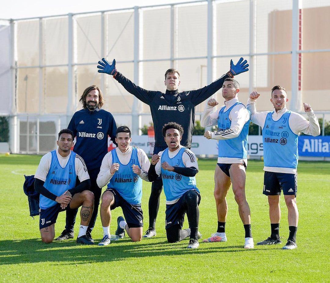 Winning team! The normal 🤷🏽♂️💪🏽😅