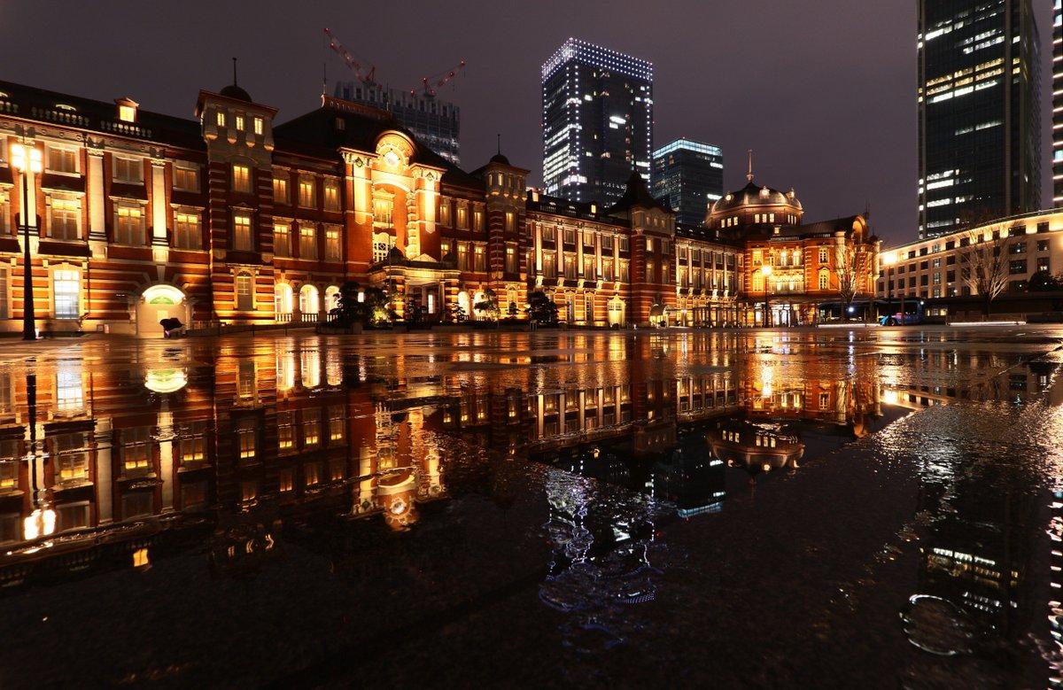 #東京 #東京駅 #駅舎 #雨 #反射 #リフレクション #水 #水たまり #写真 #風景 #夜景 #canon #7Dmark2  #スナップ #snapshot #snap #picture #landscape #night #nightgraphy #tokyo #station #tokyostation #rain #reflection #water