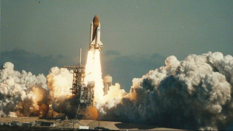 """35 years ago today 7 astronauts """"Slipped the surly bonds of earth to touch the face of god."""" I remember as a kid seeing this tragedy happen on live TV sitting in a classroom. Here's to honoring those in space exploration. @NASA #WeWillNeverForget #Challenger"""