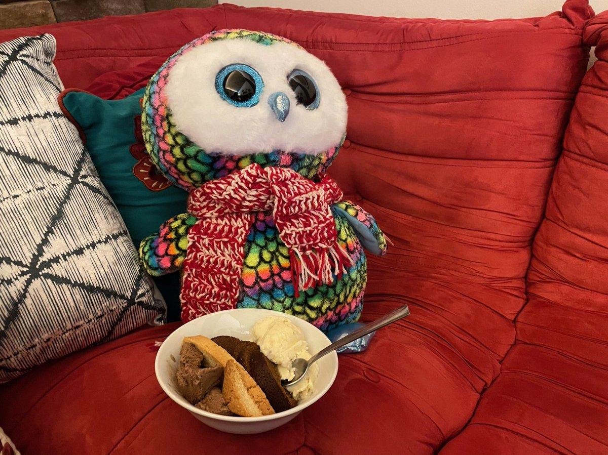 Dessert time! #Dessert #IceCream #foodie #ThursdayThoughts