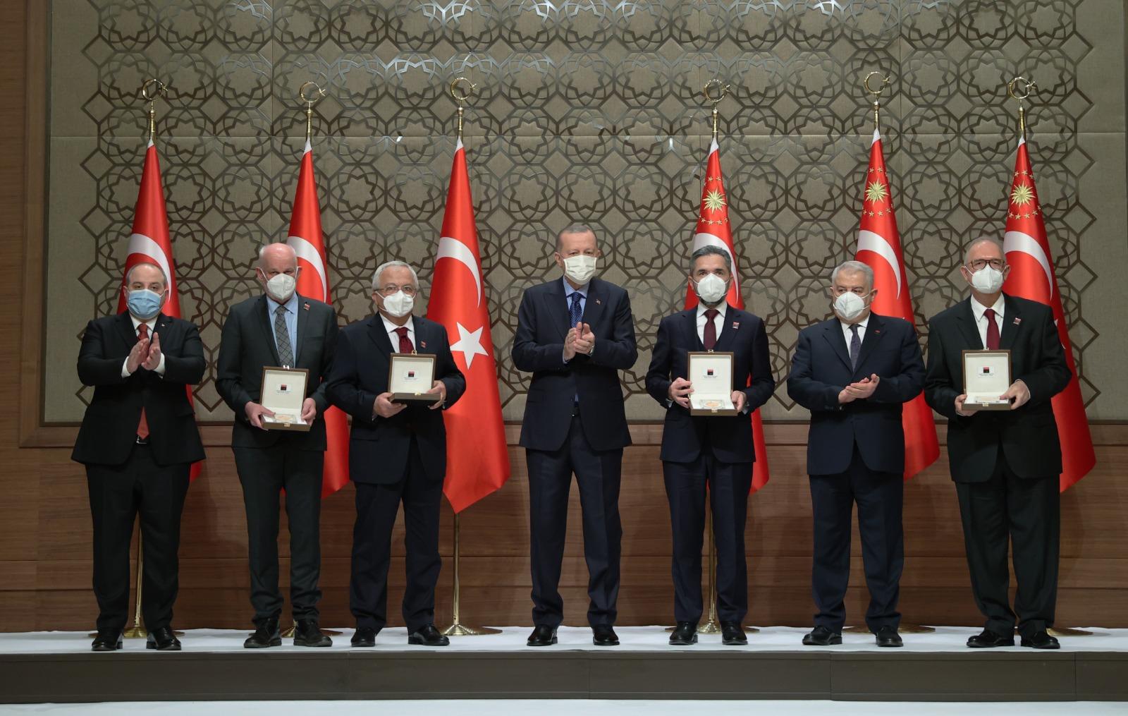 Tuba prize at presidential palace in Ankara