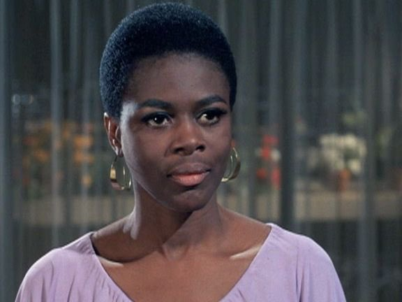 Emmy and Tony-winning actress, Cicely Tyson, has transitioned to become an ancestor, age 96. 🙏🏾🕊 https://t.co/GneUcN2gIv