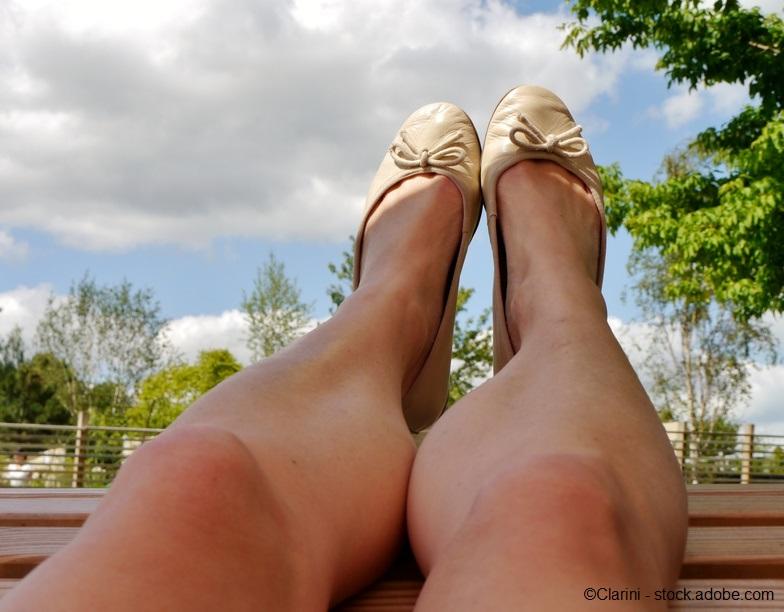 Einfach einmal die Füße hochlegen - das hilft auch den Venen! https://t.co/xW5QER5Gq1 #gesundebeine #venenzentrumnordrheinwestfalen #venen #krampfadern #besenreiser #venenspezialisten #hilden https://t.co/fs0h0ebBVj