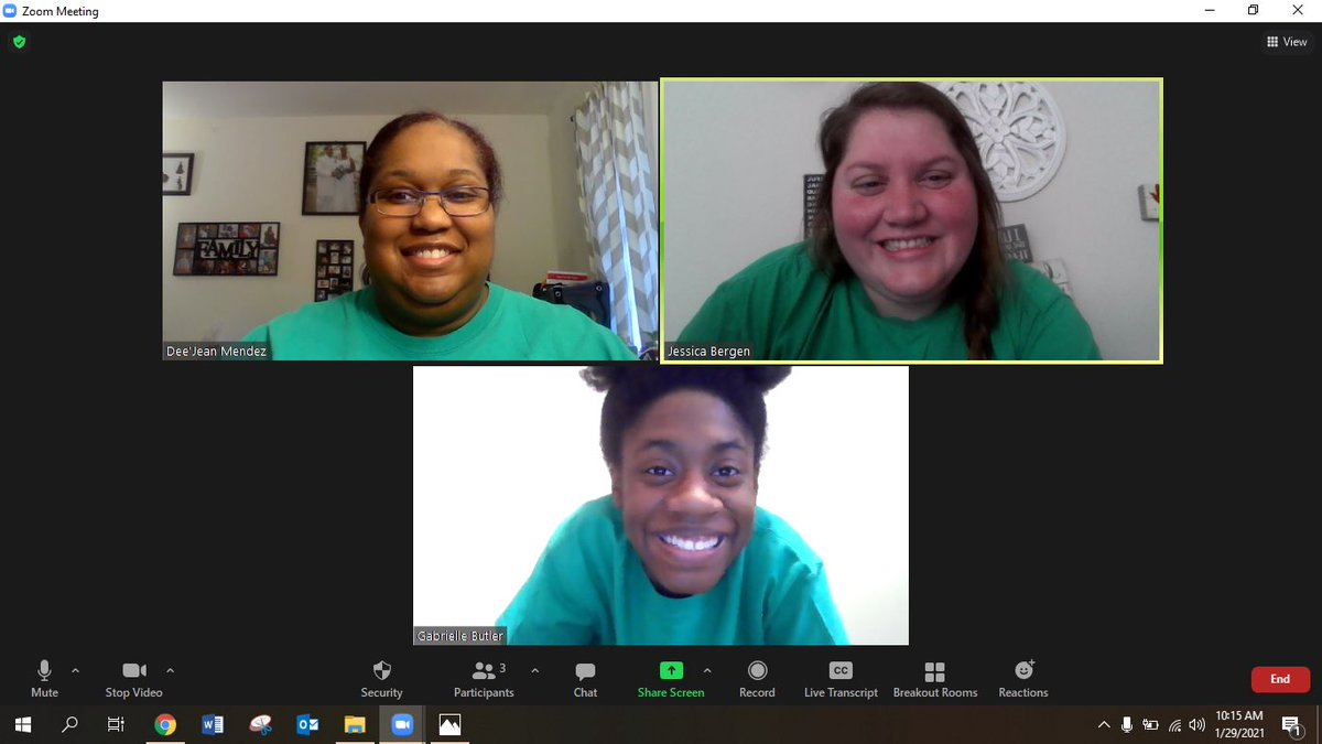NNPS PD day on Friday is still Spirit Friday! #eaglessoar #fifthgradesquad #zoom #greenandyellow