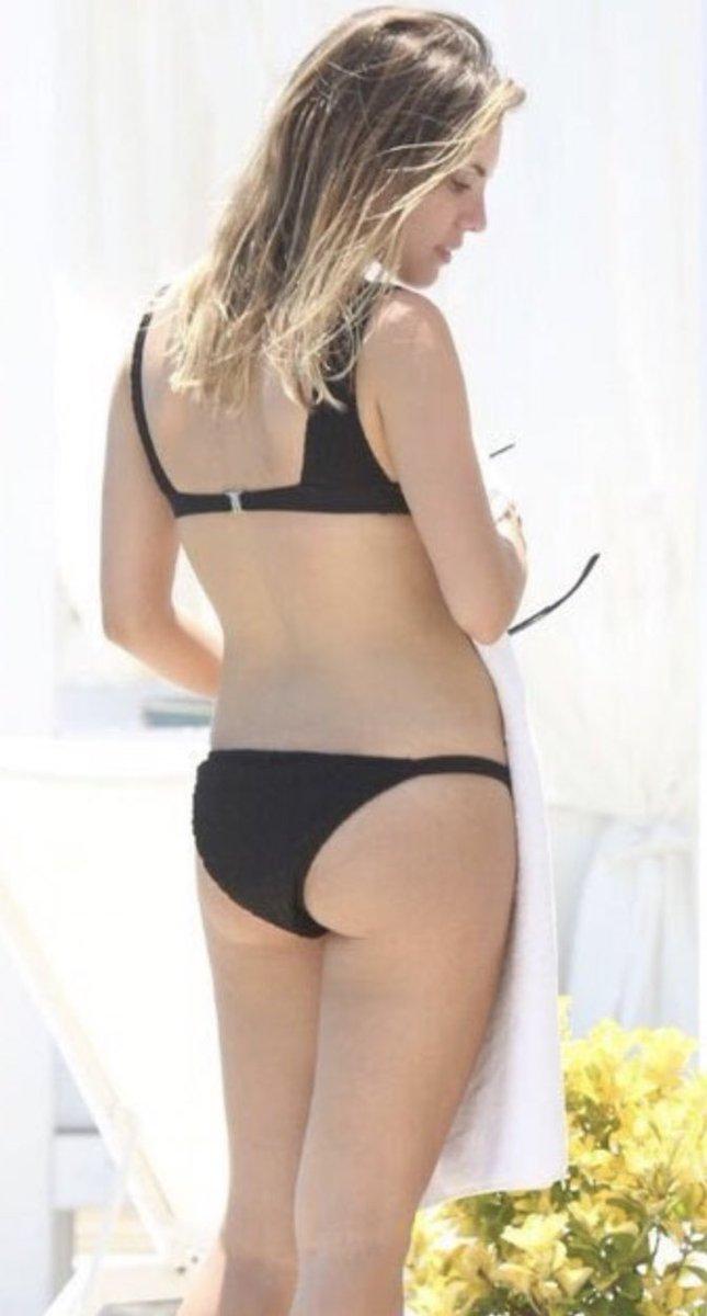 Eda Ece Bikini
