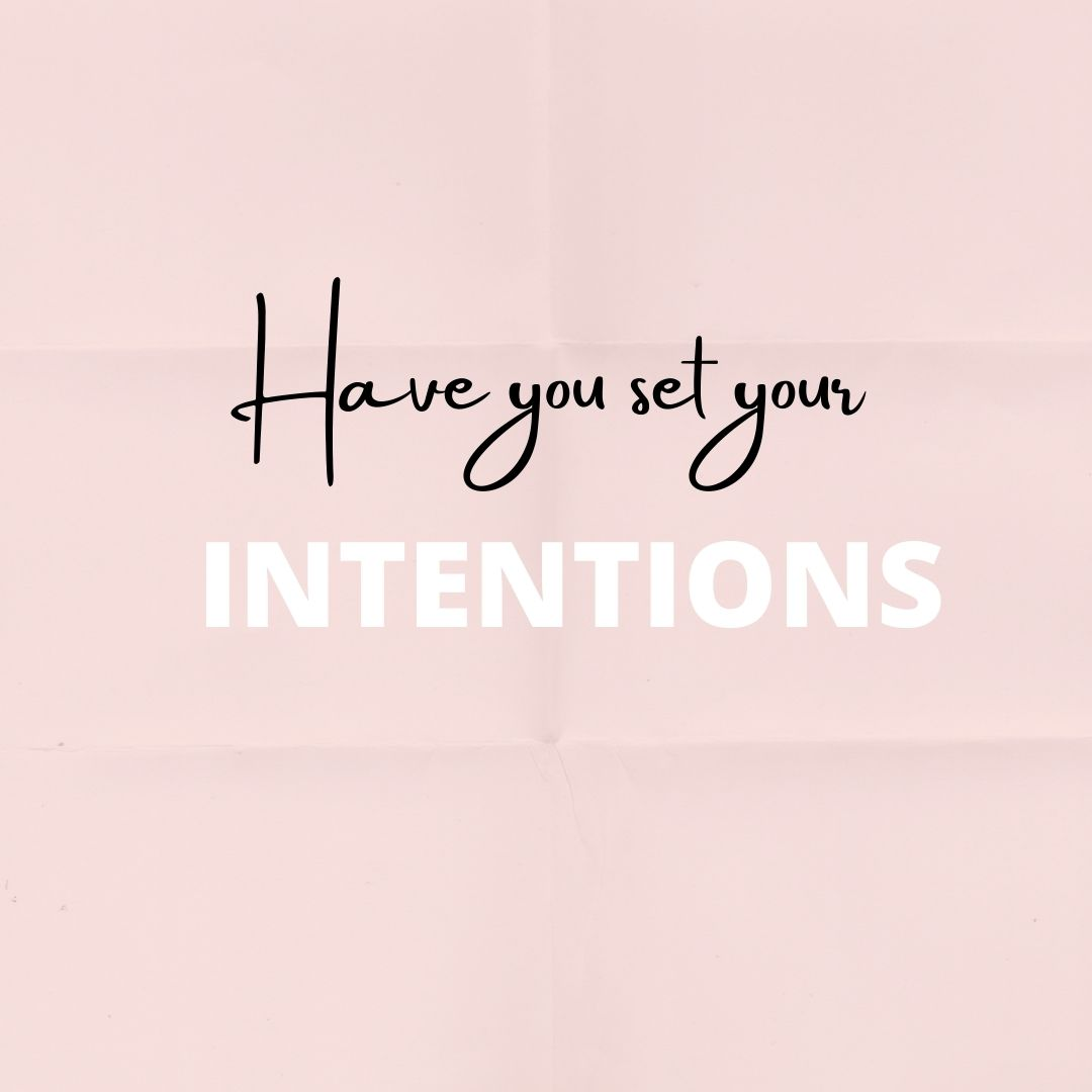 Have you set your #intentions for the New Year? Intentions are different from #goals as they focus more on a #feeling rather than an objective and they are crucial to keep #motivation alive #healthcoach #coaching #wellness #health