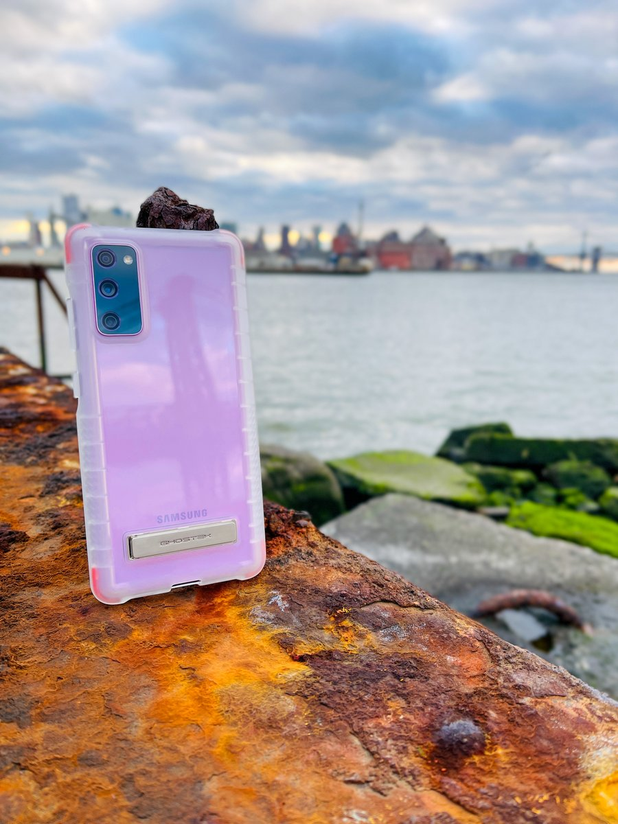 Galaxy S20 FE [Cloud Lavender] in our Clear Case COVERT Series— Clear Protective Phone Cases with Metal Kickstand 📸Shot on Note 20 Ultra #Ghostek #S20FE #GalaxyS20FE #GalaxyS20Ultra #GalaxyS20 #S20Plus #AndroidUsers #PhoneCase