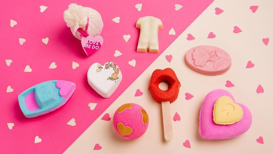 We are in love with the new @LushStratfordUA Valentine's collection for 2021! 👏 Treat yourself or someone you ❤️  this Valentine's. As the store is still closed due to lockdown please be sure to head over to the official Lush website to shop!