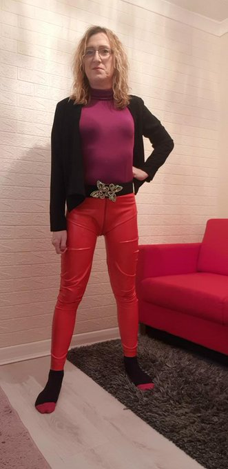 1 pic. Good morning everybody.  I decided to dress up for work today in latex trousers. I hope you like