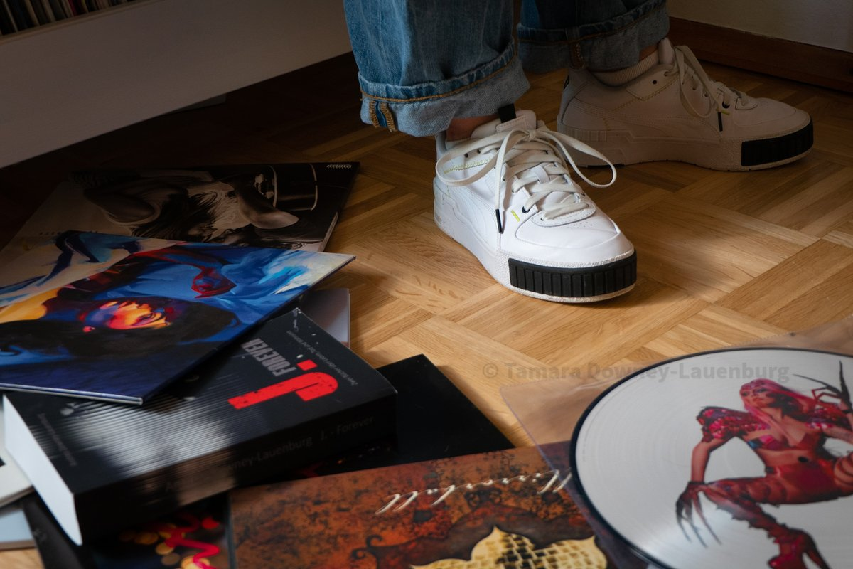 A novel, two Pumas and a bunch of vinyls  #roman #schuhe #puma #ladygaga #lorde #christineandthequeens #sarahmclachlan #melodrama #chromatica #littlemonsters #novel #andrealauenburg