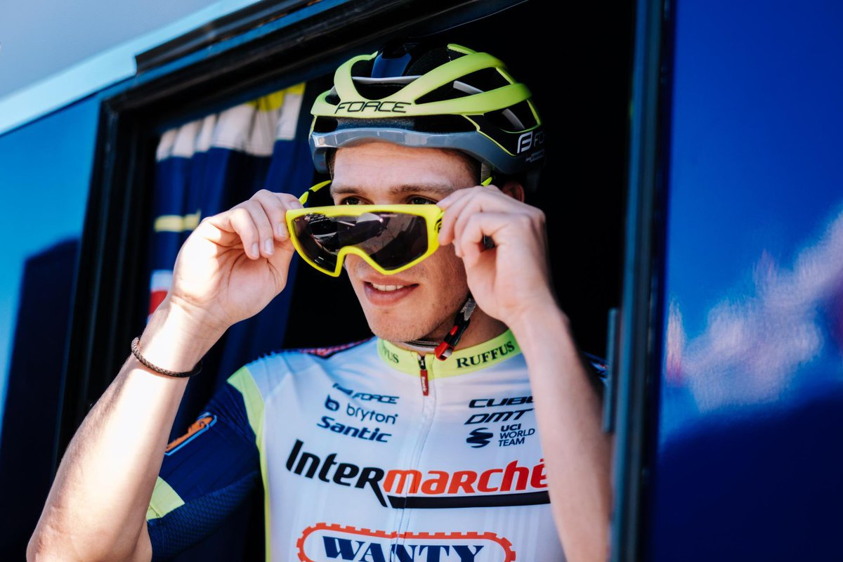 A first week of training for our riders in Spain. A lot of work and a really good team spirit under the sun ☀️  📷 @cyclingmedia_ag #iwg https://t.co/fbZmSJA67a