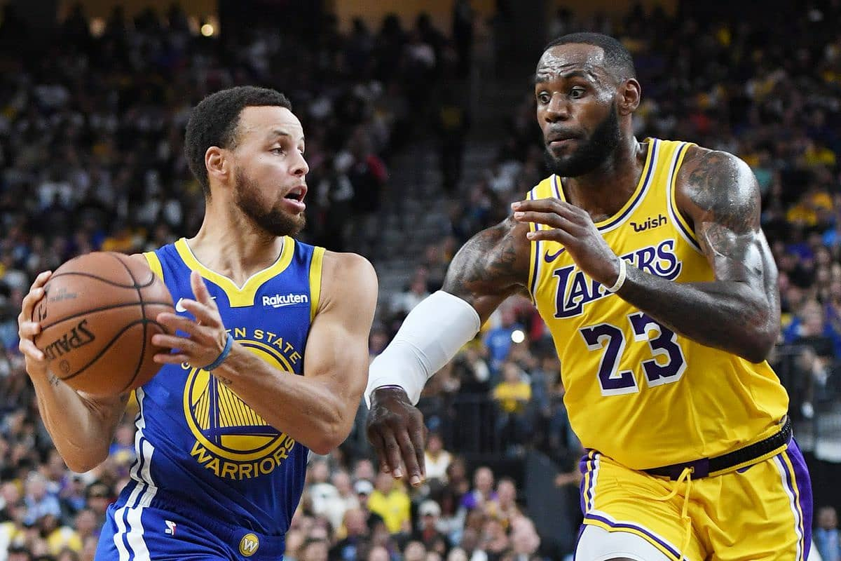 🟪🟨 #GameDay  🏀 Golden State Warriors @ Los Angeles Lakers 🏟️ Staples Center 🕓 10:00 PM / 4:00 AM (Hora Española)  Partido del #MLKDay recibimos a los Warriors, volveremos a disfrutar del duelo Curry vs LeBron, disponemos de toda la plantilla tras 2 días de descanso.