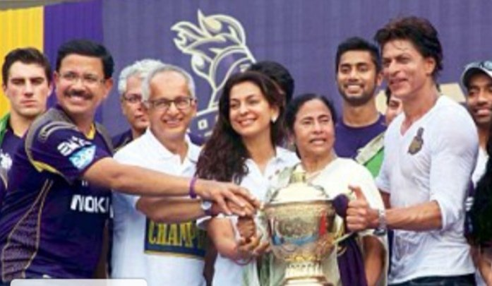 @KKRiders @iamsrk Wishing you a happier, healthier and more successful year ahead, full of thrills and excitement 🎉 #HappyBirthdayJayMehta 🎂🥂