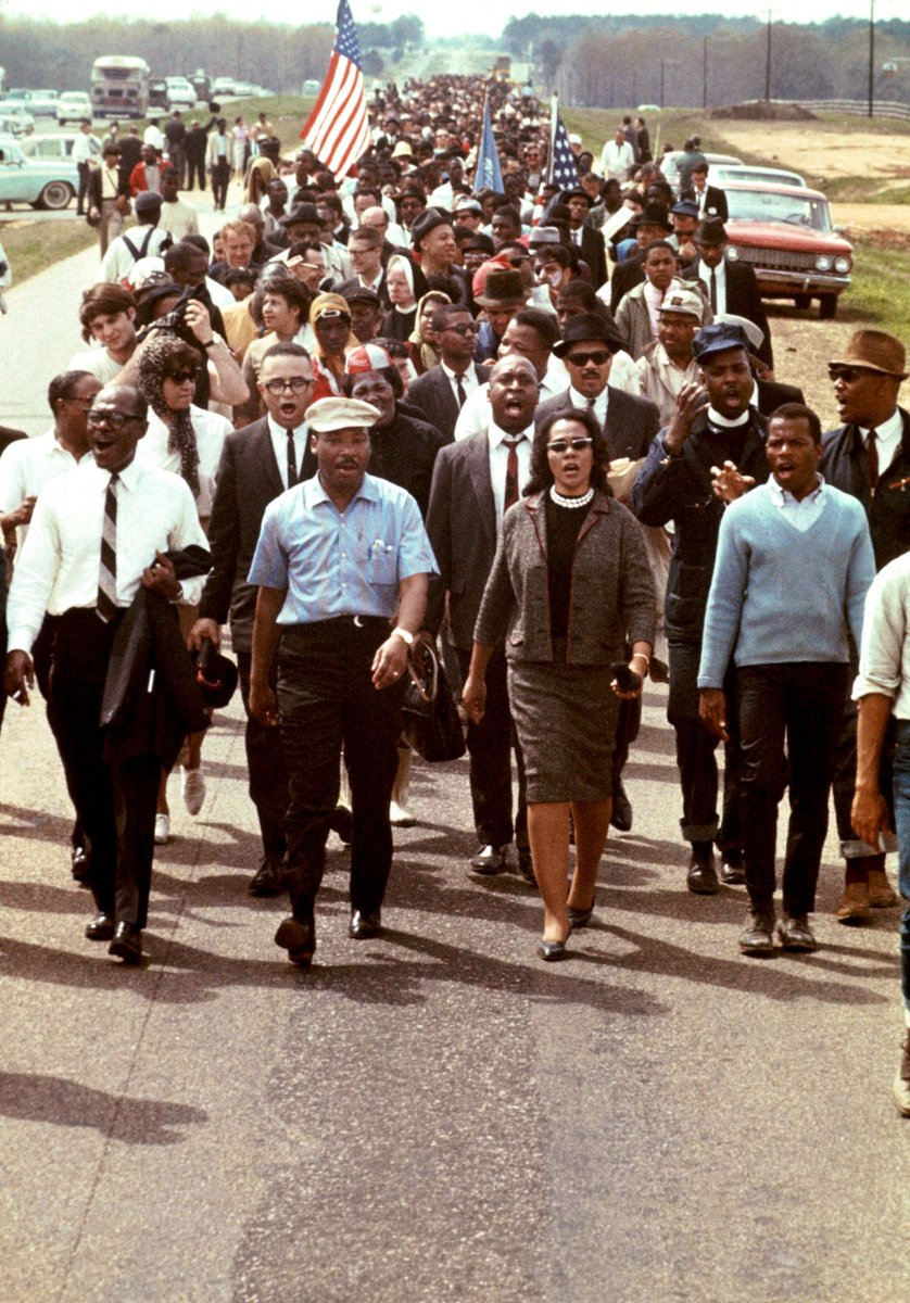 A thread of Dr. King in color, as we commemorate his 92nd birthday.   #MLK #CorettaScottKing #BelovedCommunity #MLKDay