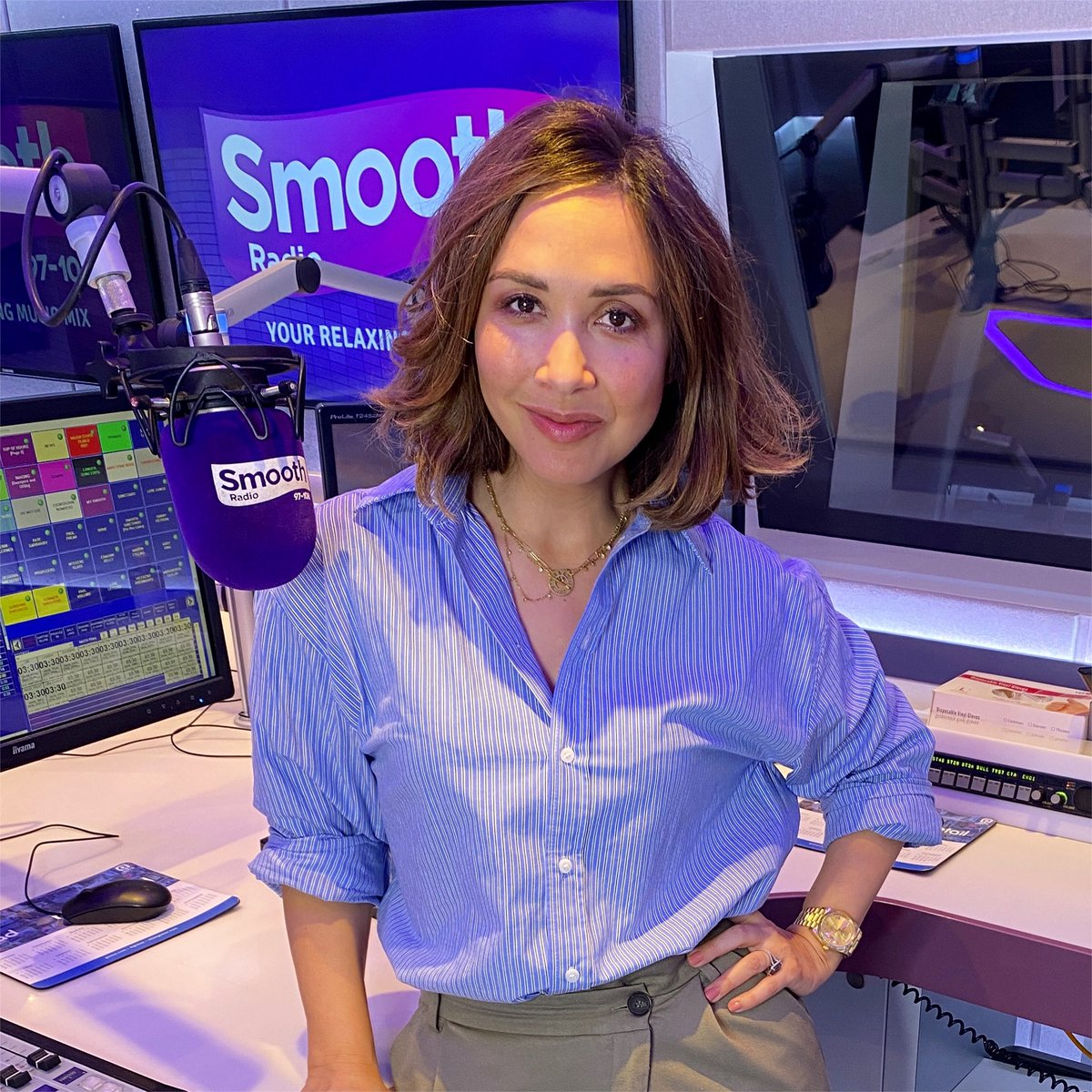 .@KlassMyleene is in the Smooth studio this Monday morning! 👋🎶  She's here to add a little sunshine to your working day, with the most relaxing music in the world. ☺️  📻 Listen now on DAB, online or on @GlobalPlayer! https://t.co/wpsQUqKhSE