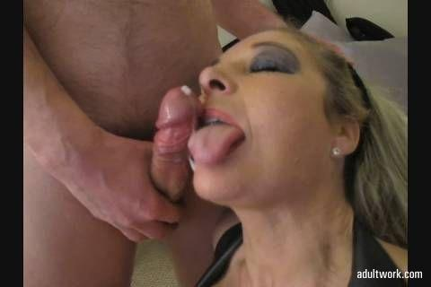Another movie clip sold via #Adultwork.com! https://t.co/kC69Xvvr8f Blonde facefucked and taking cum