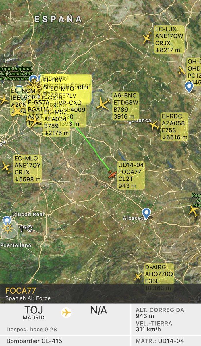 """🔴Bombardier CL-415 (UD.14-04 / 43-34) del #43Grupo del Ejército del Aire 🇪🇸 """"FOCA77"""" en vuelo desde su base de #Torrejón de Ardoz #Madrid seguramente a la maestranza de la base aérea de Los Llanos #Albacete"""
