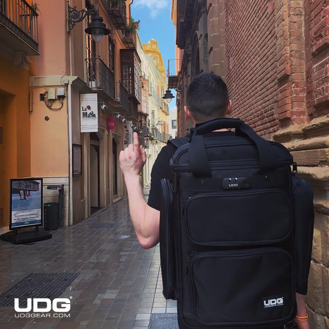 The UDG producer bag; padded protection for your valuable gear by @brefsky  #UDG #UDGGEAR #Deejay #Producer #DJLIFE #UDGonTheRoad #DJonTour #UDGreGram #backpack #party #travel #ontour #deejay #udgontheroad #djslife #holiday #trip #adventure #adventuretime #malaga #polishboy