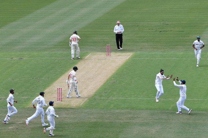 India eye fairytale win while Australia fret over Starc Photo