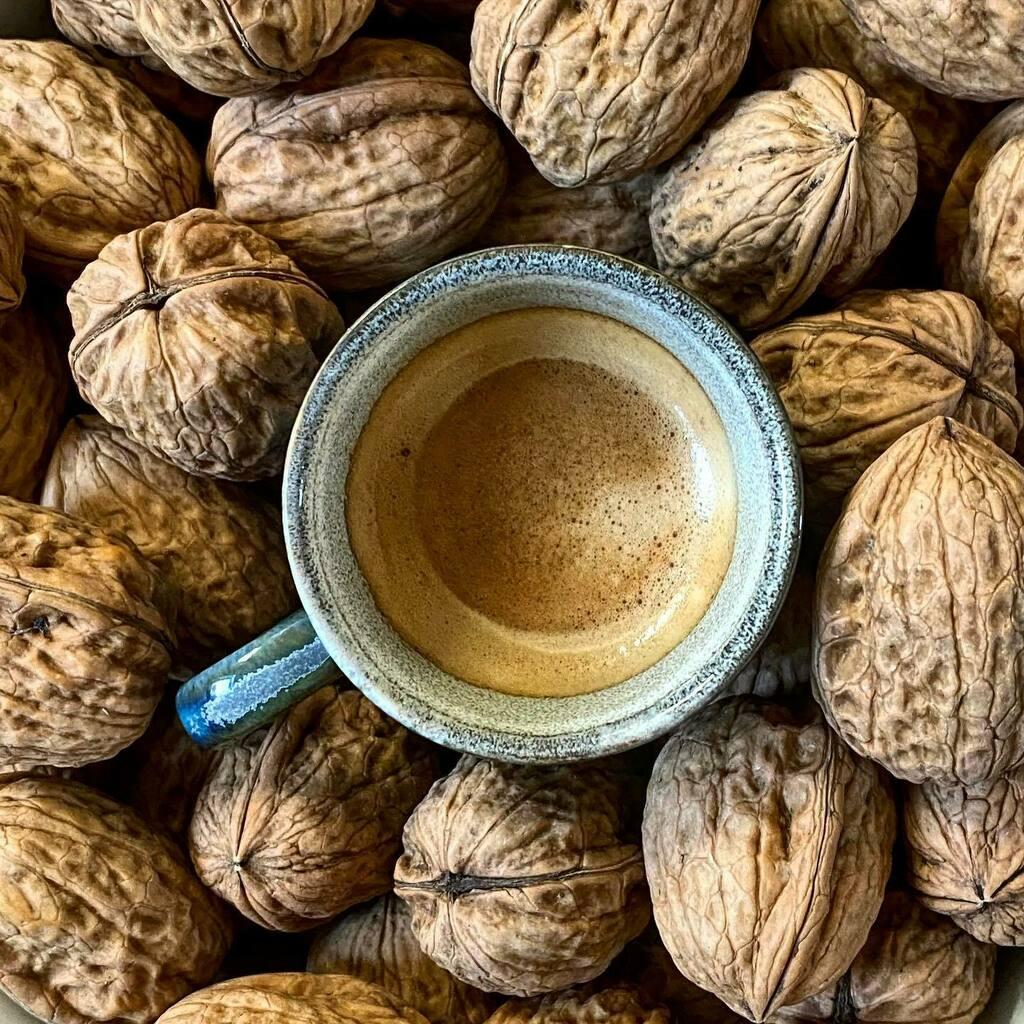 Bon lundi!  #365cafésoupresque #cafe #coffee #instacafe #infinity_coffeebreak #mycafemood #coffeeoftheday #coffeelife #coffeegram #coffeeholic #instacoffee #coffeeaddict #coffeeshop #coffeecup #coffeelover #espresso #coffeedate #coffeebreak #coffeetime …